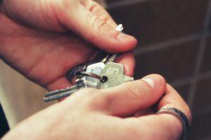 הכנסות משכר דירה למגורים 2015   מס על השכרת דירה